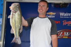 Pro David Suratt of Leoma, Tenn., parlayed a catch of 22 pounds, 14 ounces into a sixth-place finish after day one.