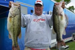 Pro Greg Schultz of Naples, Fla., parlayed a 24-pound, 2-ounce catch into fifth place overall in the standings after Friday's competition.