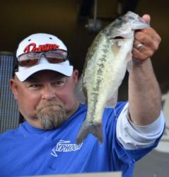 Co-angler Steve Sorrell of Beavercreek, Ohio, used a catch of 35-2 to finish the Pickwick Lake event in sixth place overall.