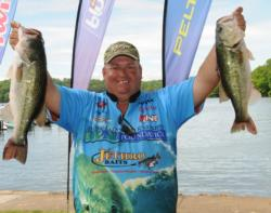 Jeff Fitts of Keystone Heights, Fla., moved up to second place with a 20-pound, 11-ounce catch for a two-day total of 40 pounds, 13 ounces.