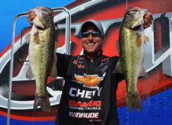 Third-place pro Bryan Thrift weighed a five-bass limit Thursday worth 20 pounds, 6 ounces.