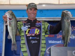 Sitting in fifth place with 19 pounds, 15 ounces is Knoxville, Tenn., pro Brandon Coulter.