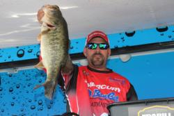 Making a last-minute game plan change paid off well for fifth-place pro  Aaron Cole.