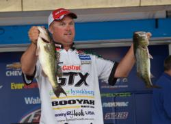 Fifth-place pro David Dudley caught a 16-pound, 11-ounce limit shallow on day three.