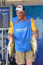 John Devere rose to fourth place after catching 16 pounds, 4 ounces Saturday.