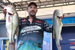 Pro Darrell Davis of Dover, Fla., won the 3M ScotchBlue Big Bass Award with a catch weighing in at 6 pounds, 3 ounces. For his efforts, Davis won $500.