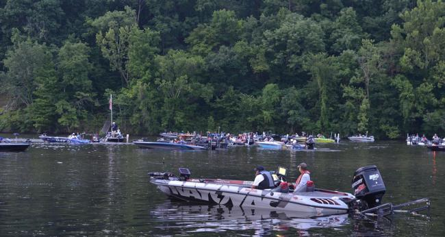 Muggy air and partly cloudy skies greeted FLW Tour anglers Thursday morning.