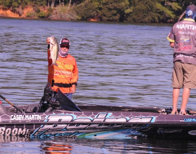 Co-angler winner Jerry Reagan shows off a winning kicker.
