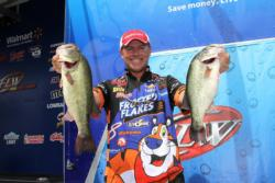 Despite a slow start to his day, Frosted Flakes pro Dave Lefebre worked his way into the fourth-place spot.