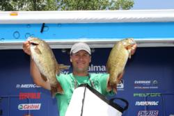 Fourth-place pro Darrin Schwenkbeck focused his day-two efforts on smallmouth.