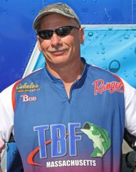 Co-angler  Robert Giannini expanded his lead on day two.