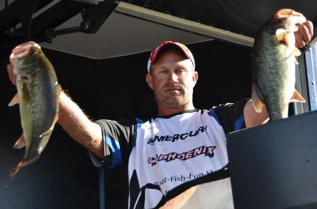 Pro Mike Moran of Ruffs Dale, Pa., finished the EverStart Series  Chesapeake Bay event in second place overall.