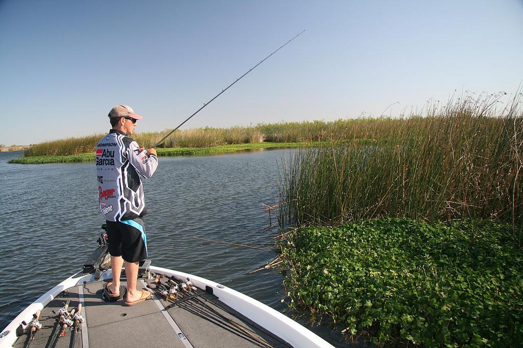 Destination cal delta flw fishing articles for Delta pro fishing