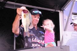 Todd Castledine of Nacogdoches, Texas, rounded out the top five with a three-day total of 46 pounds, 7 ounces.