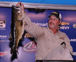 Kent Ware of Wadmalaw Island, S.C., moved to second place on the strength of his 19-pound catch for a two-day total of 34 pounds, 11 ounces.