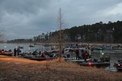 Cold temperatures and clouds welcome the anglers on Sam Rayburn.