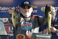Dicky Newberry of Houston, Texas, landed 30-3 over two days to claim third place.