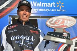 Co-angler Todd Kline of San Clemente, Calif., proudly displays his first-place trophy after winning the Rayovac FLW Series tournament title on Lake Havasu.