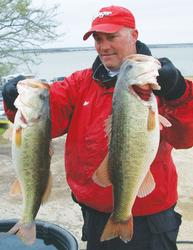 If you want to find more trophy bass, Tim Reneau says you have to get away from the crowd and scour the lake for structure that doesn