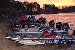Championship qualifiers relax before the start of day-one competition on Lake Keowee.