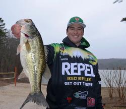 Repel pro Cody Meyer with his best from the 16-4 bag he caught on Thursday to sit in eighth place.