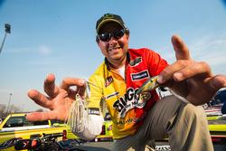 Florida pro John Cox made the top 10 with an XCalibur lipless crankbait and a Rattle Head Baits spinnerbait.