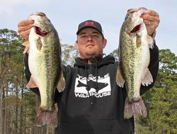Jeff Kitchens took over the co-angler lead with the largest sack of this division.