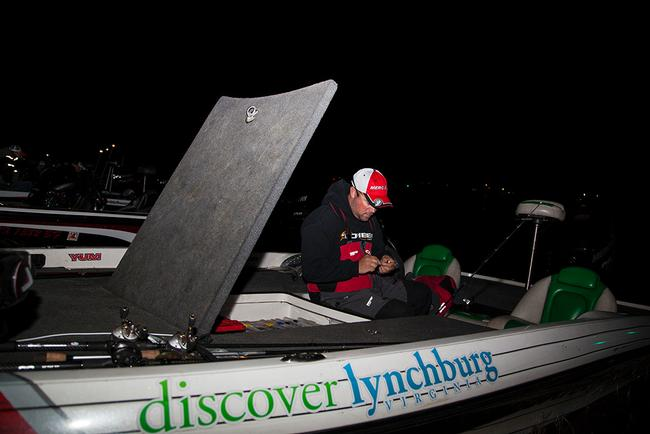 Castrol pro David Dudley is rigging up reaction baits for day one at Sam Rayburn.