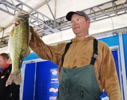 Steve Kennedy rounds out the top five for day one with a weight of 18-4.