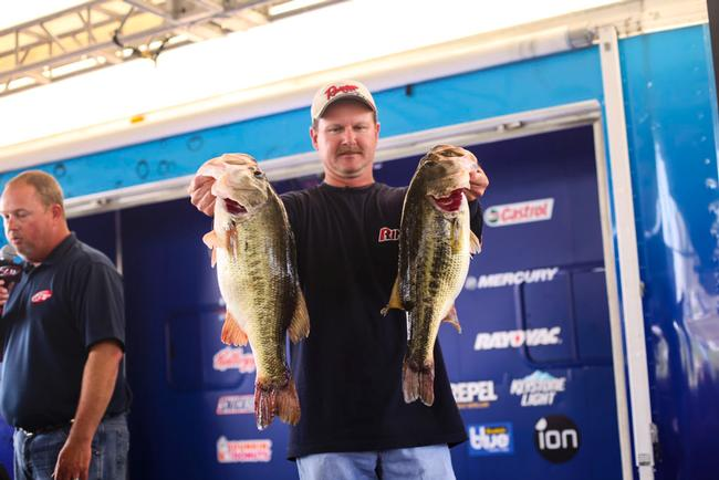 Tony Davis wins the Rayovac Southeastern Division Angler-of-the-Year points and heads to the Forrest Wood Cup in August on Lake Murray.