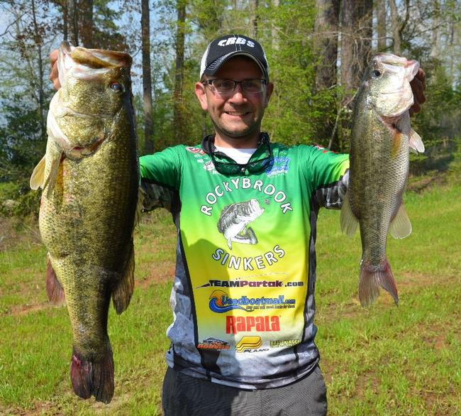 Bryan Partak only had 3-2 on Saturday, but the 10-pound, 2-ounce bass shown here -- the tournament