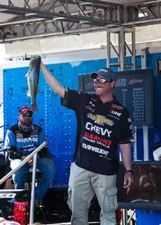 Bryan Thrift came from behind in the 11th hour to capture the championship with a 3-pound, 1-ounce margin over Mark Rose.