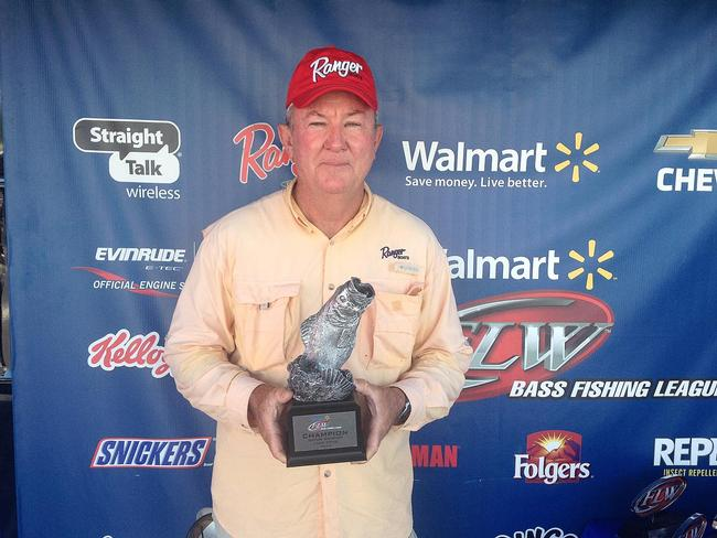 Co-angler Lee Frye of Brookesville, Fla., won the May 17 Gator Division event on Lake Toho with a 16-pound, 12-ounce limit. He walked away with nearly $2,600 in prize money for his victory.
