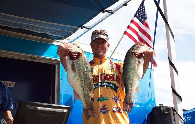 Kentucky Lake favorite Todd Hollowell is in the runner-up spot after day one. He had good luck today with a few key techniques that have allowed him to catch fish behind other anglers on crowded ledges.