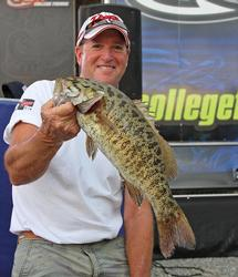 Finesse tactics produced a mixed bag of smallmouth and largemouth for fourth-place boater David Nichol.