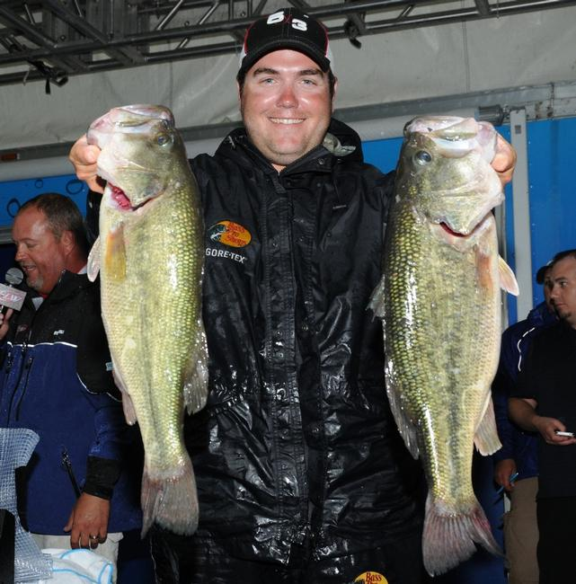 Michael Neal is in fourth place after day one with 23 pounds.
