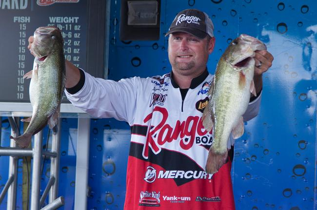 Jason Lambert struggled through much of the first part of the day in round three, but he was fishing for big bites and they came in the afternoon.
