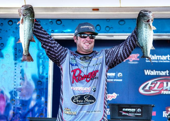 Evinrude pro Brett Hite bounced back from a tough day two and sacked up 22-11 to move up eight spots and back into the top 10.