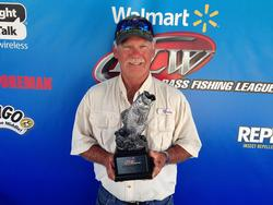 Co-angler Jimmy Null of Bethalto, Ill., won the July 19 Illini Division event on Rend Lake with a limit weighing 10 pounds, 13 ounces to earn a check worth close to $2,000.