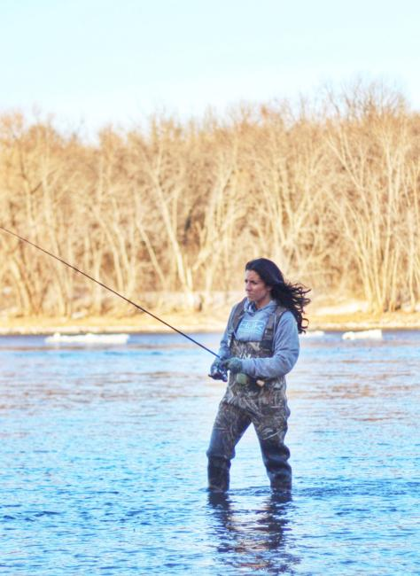 /news/2015-02-20-nicole-jacobs-joins-huk-performance-fishing-team