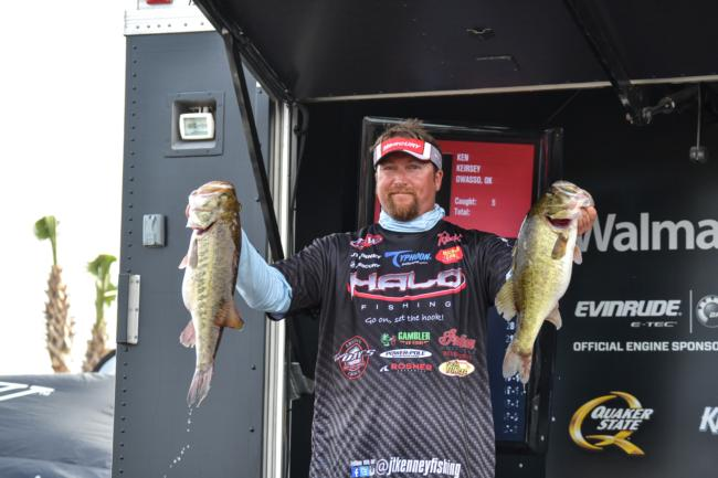 /news/2015-03-05-kenney-leads-day-one-of-walmart-flw-tour-event-on-lake-toho-presented-by-mercury