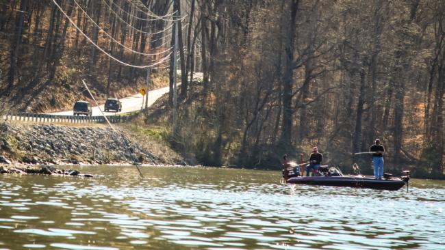 /news/2015-03-17-guntersville-setting-up-to-be-a-slugfest