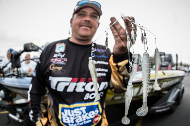 Rob Digh used a 1/4-ounce Strike King Red Eye Shad and a Shane's Baits Blades of Glory umbrella rig with 1/8-ounce heads and 3.8-inch Keitech Swing Impact FAT swimbaits to lock up the seventh spot.
