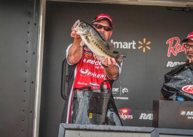 Randy Sitz caught this nice chunk today but couldn't round up his fifth keeper. He finished in ninth.