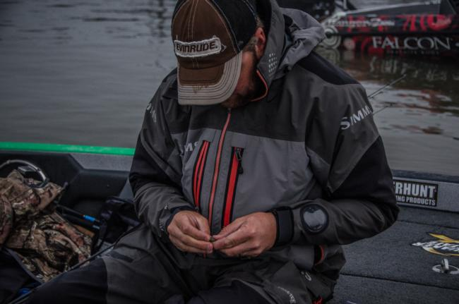 Arey rigs up a bed-fishing bait to tackle Grand's spawning largemouths, which are flooding the banks like crazy right now.