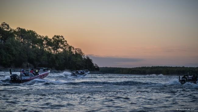 And they're off to find the first honey hole on day one of the FLW Tour on Beaver Lake.