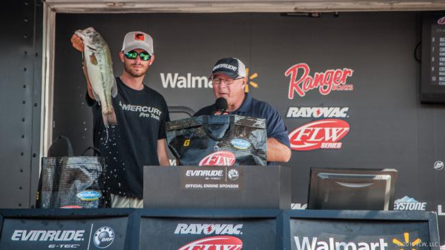 Seth Davis made the top 10 in the very first Rayovac FLW Series event he fished. He caught a total of 56-14 to finish ninth.