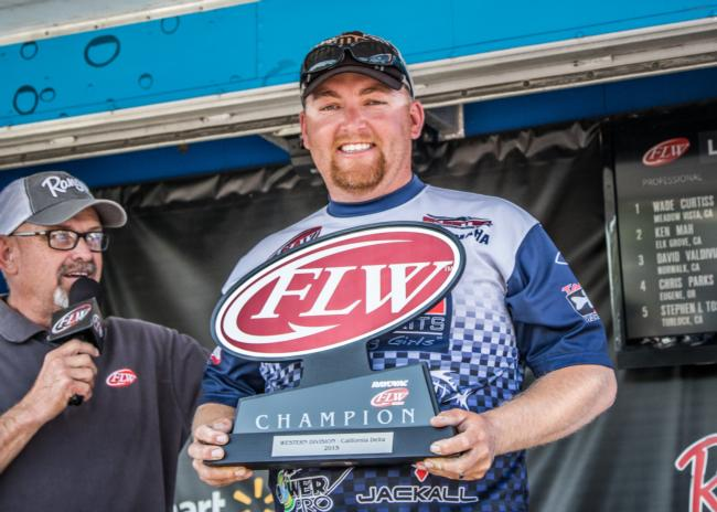 /news/2015-05-09-curtiss-wins-rayovac-flw-series-western-division-event-on-california-delta