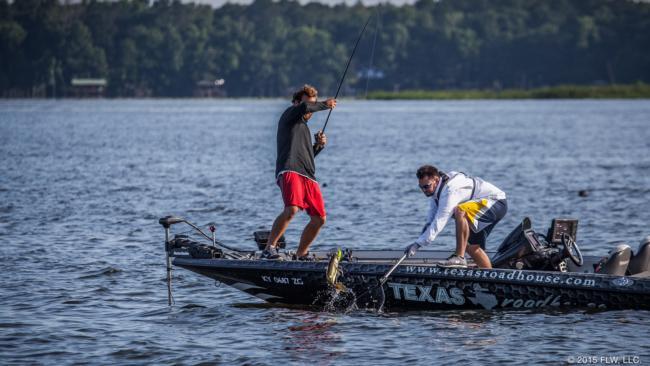 Flw fishing lake seminole day 1 otw photos for Lake seminole fishing