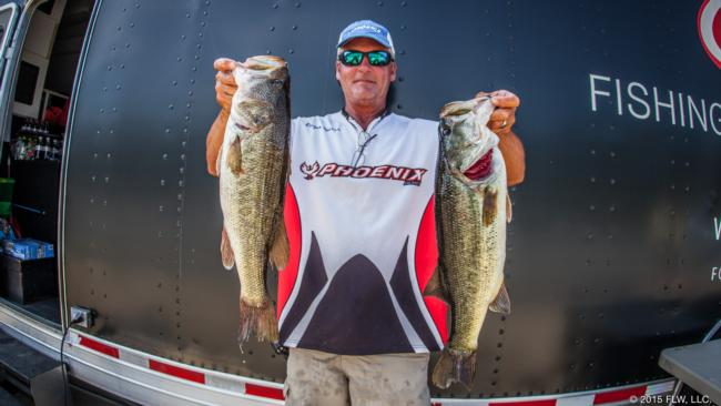 Rodger Beaver snagged second on the pro side with 21-10.